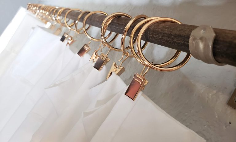 diy wooden curtain rod and bracket