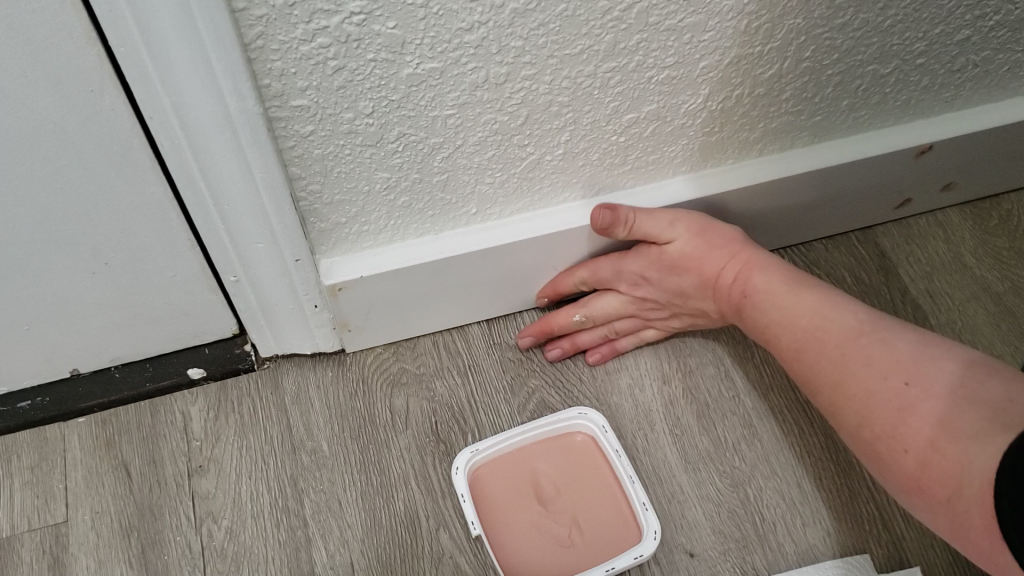 how-to-install-baseboards-easily-32