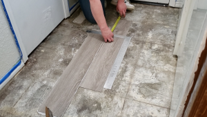 how-to-install-peel-and-stick-vinyl-plank-tiles-15