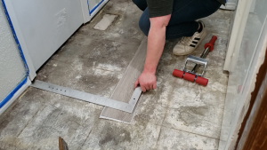 how-to-install-peel-and-stick-vinyl-plank-tiles-6