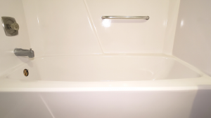 how-to-paint-a-bathtub-after-photos (2)