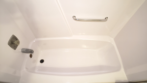 how-to-paint-a-bathtub-after-photos (3)